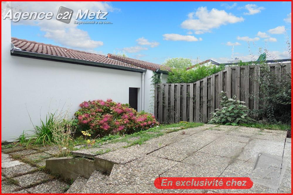 Appartement à vendre de 97 m² qui compte 5 pièces dont 3 ...
