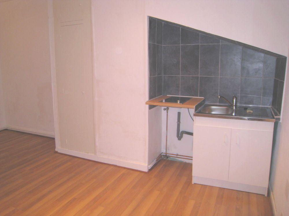 appartement vendre de 18 m qui compte 1 pi ces dont 1 chambres et qui se situe nancy 54000. Black Bedroom Furniture Sets. Home Design Ideas